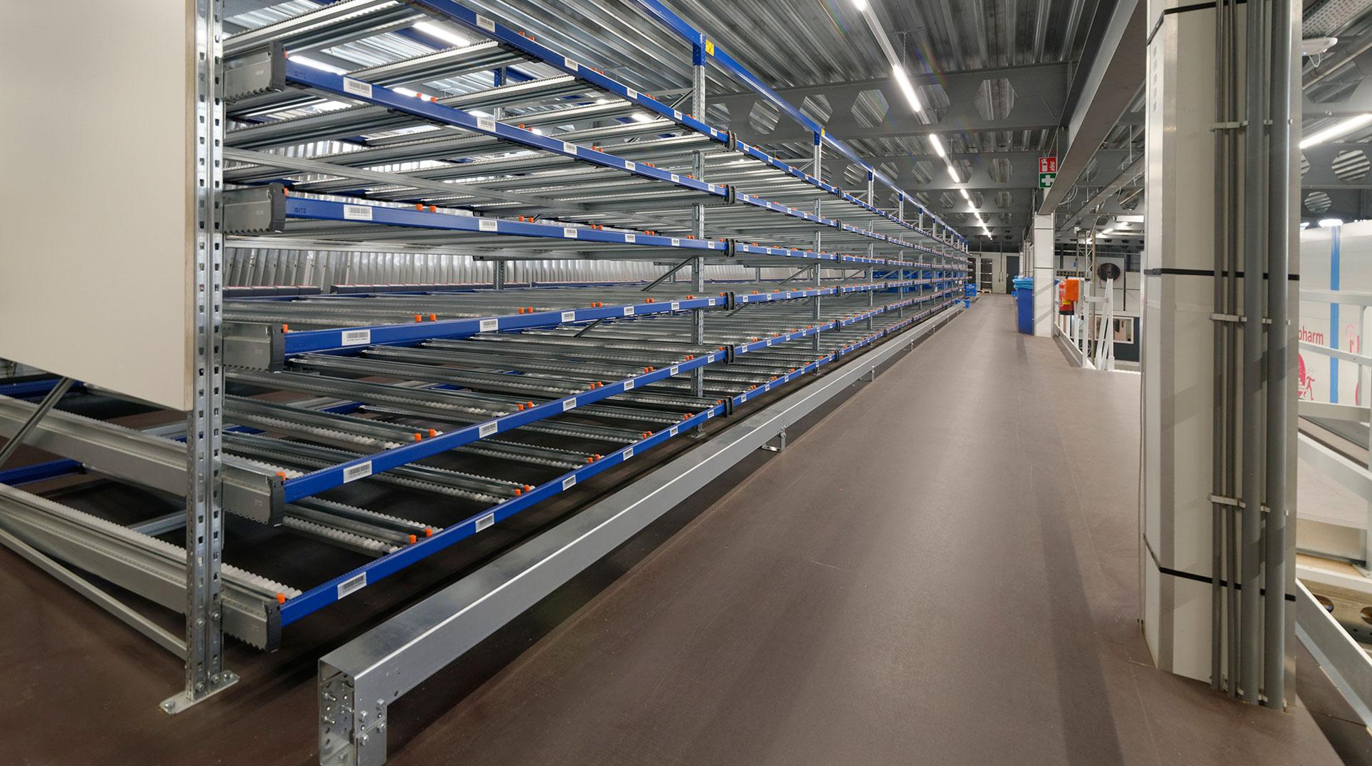 """Farmaceutische groothandel kiest voor Holland Storage Solutions voor """"onmogelijke"""" extra ruimte"""